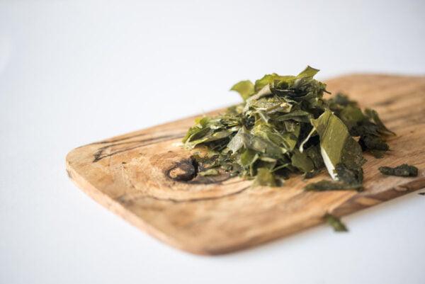 wakame flakes on board